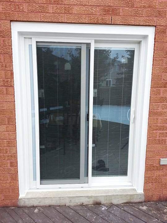 12 Sliding Patio Door With Internal Blinds